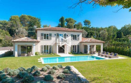 Luxus-Villa zu verkaufen MOUGINS, 388 m², 5 Schlafzimmer, 3250000€