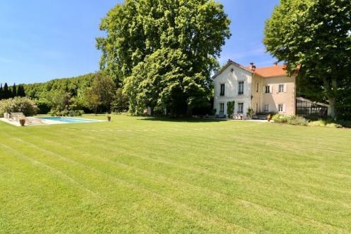 Maison de luxe à vendre SAINT REMY DE PROVENCE, 250 m², 6 Chambres, 1490000€