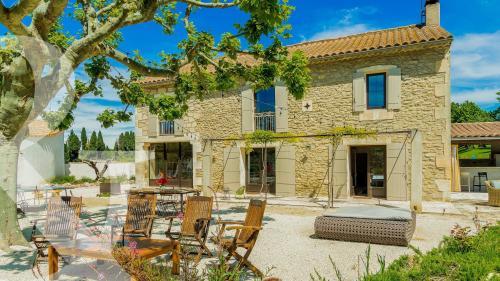 Maison de luxe à vendre SAINT REMY DE PROVENCE, 4 Chambres, 1378000€