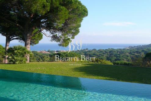 Villa de luxe à vendre SAINTE MAXIME, 300 m², 4 Chambres, 2080000€