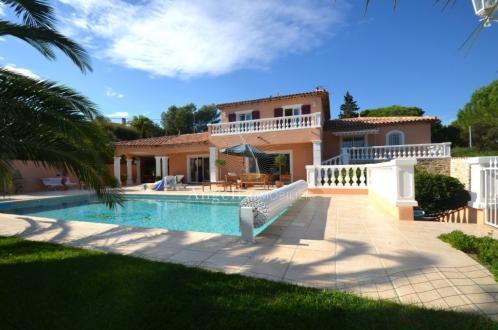 Villa de luxe à vendre SAINT AYGULF, 260 m², 6 Chambres, 1260000€