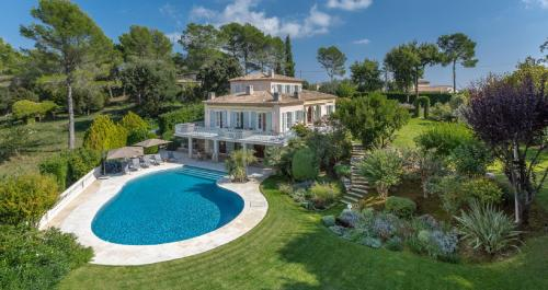 Luxury House for rent VALBONNE, 270 m², 5 Bedrooms,