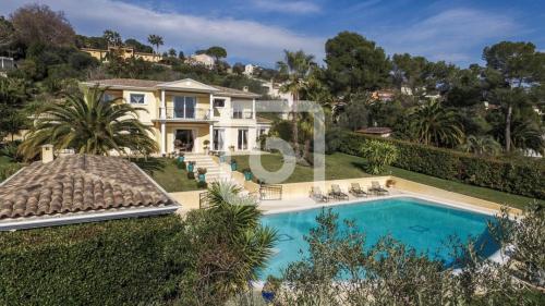 Villa de luxe à vendre MOUGINS, 265 m², 4 Chambres, 2780000€