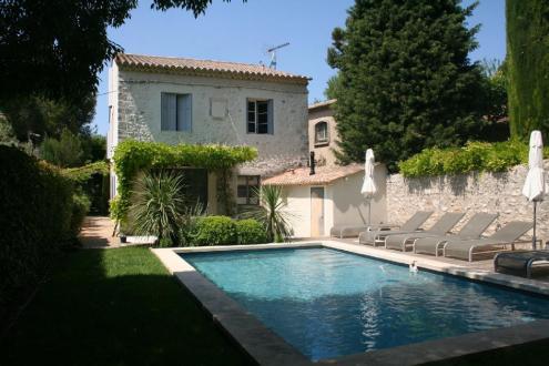 Luxus-Haus zu vermieten EYGALIERES, 300 m², 5 Schlafzimmer,