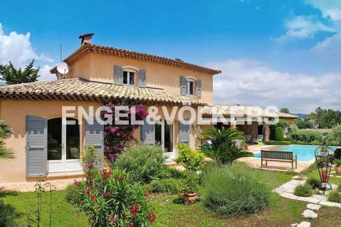 Luxury Villa for sale GRASSE, 189 m², 4 Bedrooms, €860000