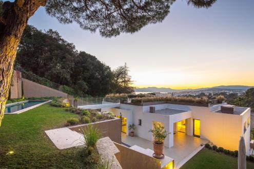 Luxury House for rent CANNES, 450 m², 5 Bedrooms,