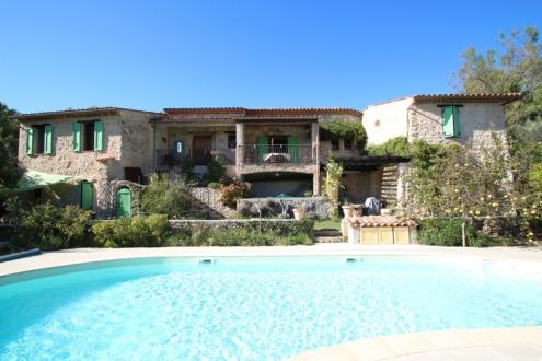Maison de luxe à vendre FAYENCE, 200 m², 3 Chambres, 780000€