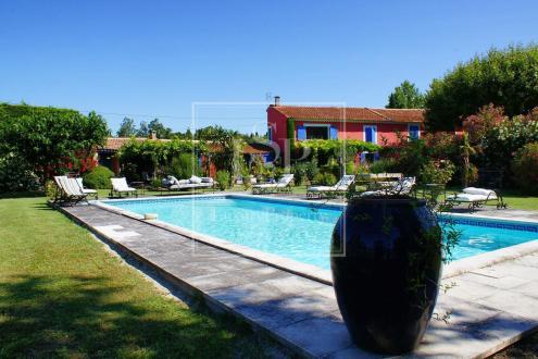 Maison de luxe à louer SAINT REMY DE PROVENCE, 340 m², 7 Chambres,
