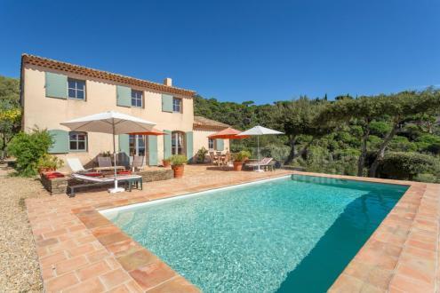 Luxus-Liegenschaft zu verkaufen LA CROIX VALMER, 160 m², 4 Schlafzimmer, 2260000€