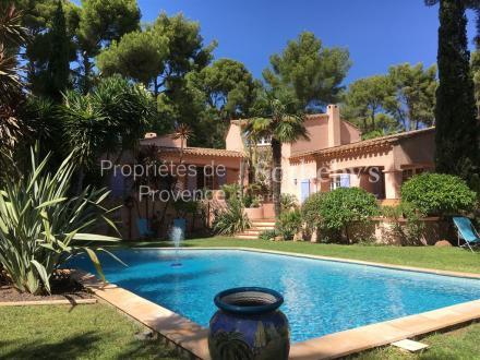 Casa di lusso in vendita LA CIOTAT, 200 m², 1990000€