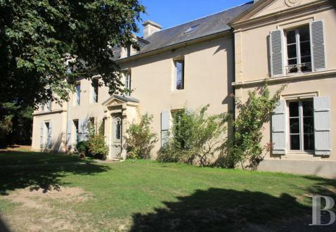 Luxus-Schloss / Herrenhaus zu verkaufen CAEN, 300 m², 4 Schlafzimmer, 990000€