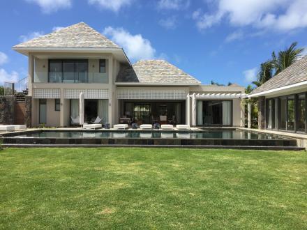 Luxus-Villa zu verkaufen Mauritius, 350 m², 4 Schlafzimmer, 2448000€