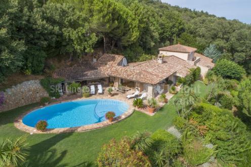 Villa de luxe à vendre LA GARDE FREINET, 3500000€
