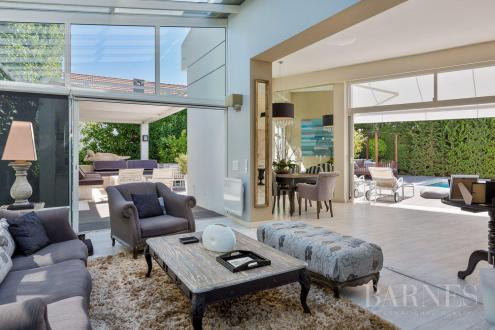 Luxury House for rent CANNES, 380 m², 10 Bedrooms,