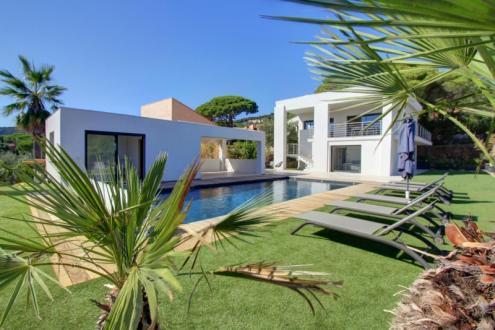 Maison de luxe à vendre LES ISSAMBRES, 160 m², 5 Chambres, 1390000€