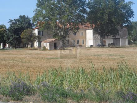 Luxe Kasteel/landhuis te koop ARLES, 2059 m², 10 Slaapkamers, 1980000€