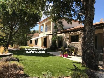 Maison de luxe à vendre PLAN DE LA TOUR, 180 m², 4 Chambres, 895000€