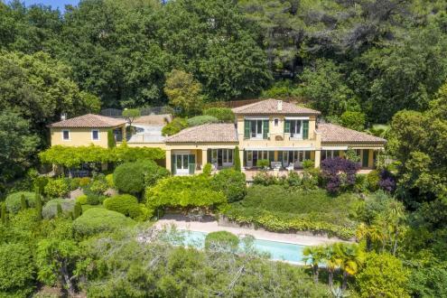 Villa de luxe à vendre MOUGINS, 267 m², 4 Chambres, 2495000€