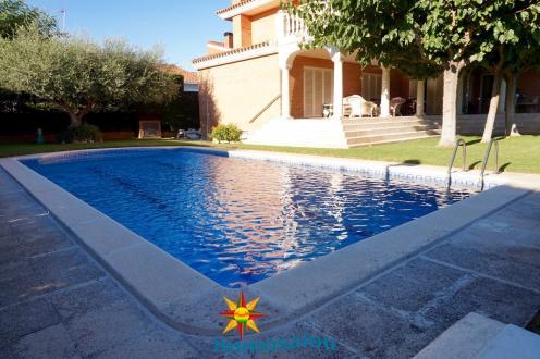 Luxus-Villa zu verkaufen Spanien, 463 m², 1500000€