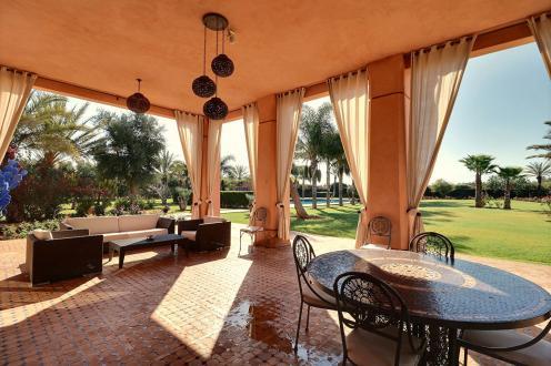 Villa de luxe à vendre MONT DE MARSAN, 1089 m², 6 Chambres, 2500000€