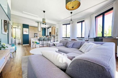 Luxury House for sale AIX EN PROVENCE, 140 m², 4 Bedrooms, €980000