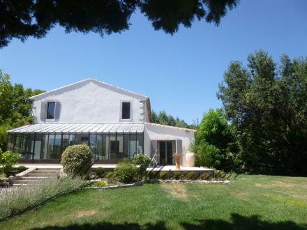Luxus-Farm zu verkaufen AVIGNON, 270 m², 5 Schlafzimmer, 954000€