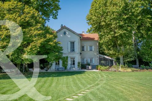 Luxury House for sale EYGALIERES, 281 m², 6 Bedrooms, € 1 490 000