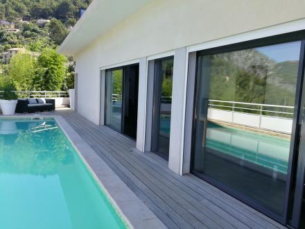 Maison de luxe à vendre OLLIOULES, 206 m², 5 Chambres, 960000€