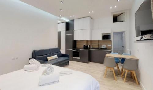Luxury Apartment for sale PARIS 8E, €785000
