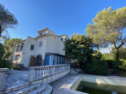 Maison de luxe à vendre SAINT RAPHAEL, 190 m², 5 Chambres, 750000€