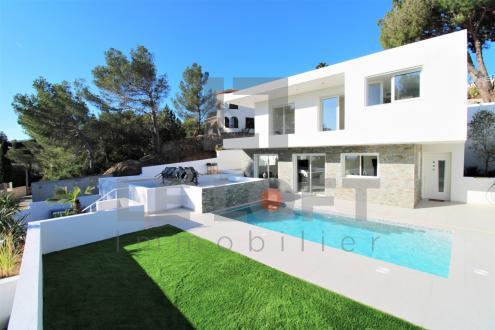 Maison de luxe à vendre SAINT AYGULF, 110 m², 3 Chambres, 890000€