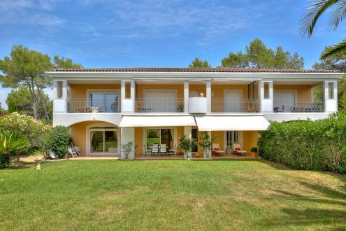 Villa de luxe à vendre MOUGINS, 95 m², 3 Chambres, 540000€