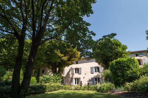 Luxus-Liegenschaft zu verkaufen SAINT REMY DE PROVENCE, 500 m², 1749000€