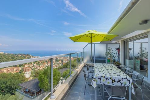 Luxus-Wohnung zu verkaufen ROQUEBRUNE CAP MARTIN, 76 m², 3 Schlafzimmer, 645000€