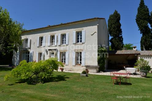 Luxus-Liegenschaft zu verkaufen SAINT REMY DE PROVENCE, 240 m², 5 Schlafzimmer, 990000€