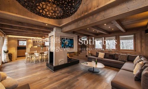 Chalet de luxe à louer MEGEVE, 450 m², 7 Chambres,