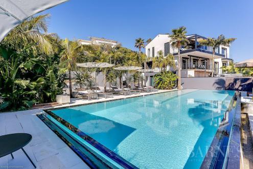 Maison de luxe à louer LE GOLFE JUAN, 450 m², 4 Chambres,