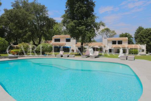 Luxus-Villa zu verkaufen VALBONNE, 532 m², 7 Schlafzimmer, 4900000€