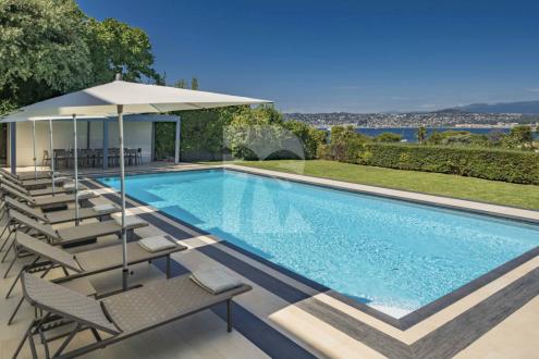 Maison de luxe à louer CAP D'ANTIBES, 300 m², 7 Chambres,