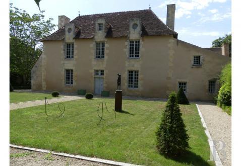Château / Manoir de luxe à vendre POITIERS, 650 m², 4 Chambres, 1155000€