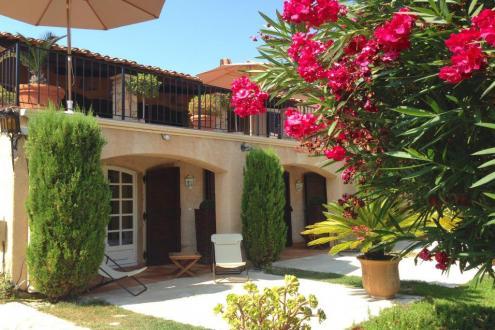 Maison de luxe à vendre CANNES, 360 m², 9 Chambres, 1750000€