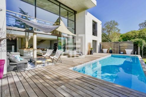 Luxus-Haus zu vermieten MARSEILLE, 180 m²,