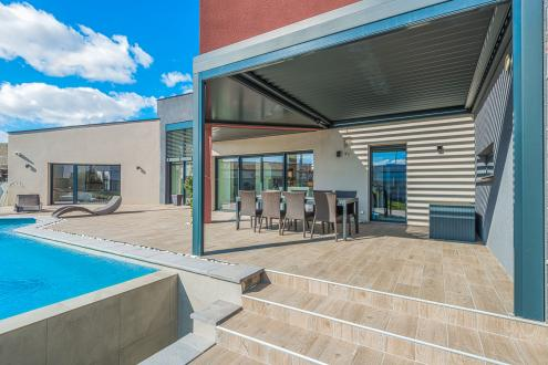 Дом класса люкс на продажу  Безье, 230 м², 4 Спальни, 649000€