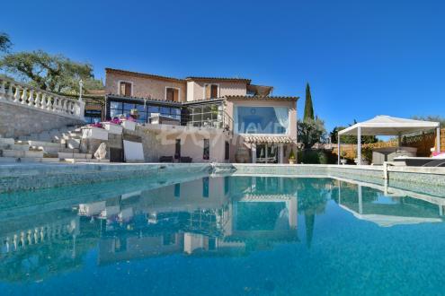 Villa de luxe à vendre MOUGINS, 300 m², 6 Chambres, 2835000€