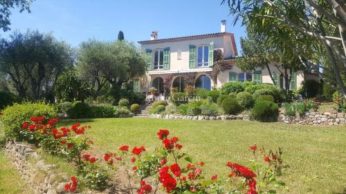 Luxury House for sale GRASSE, 220 m², 4 Bedrooms, €1380000