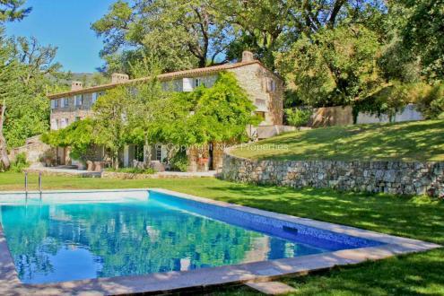 Propriété de luxe à vendre VALBONNE, 570 m², 6 Chambres, 6300000€