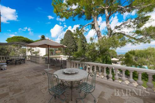 Maison de luxe à louer ANTIBES, 450 m², 6 Chambres,