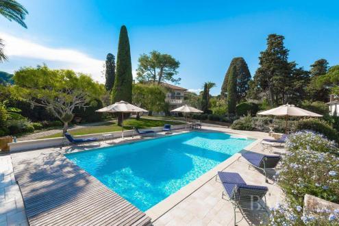 Luxe Huis te huur ANTIBES, 450 m², 6 Slaapkamers,
