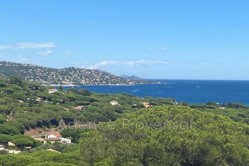 Villa de luxe à vendre SAINTE MAXIME, 150 m², 3 Chambres, 649000€