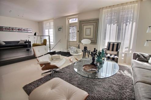 Дом класса люкс на продажу  Довиль, 200 м², 3 Спальни, 1260000€